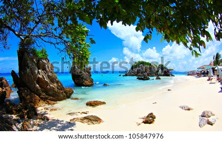 khai island .beach and  sea