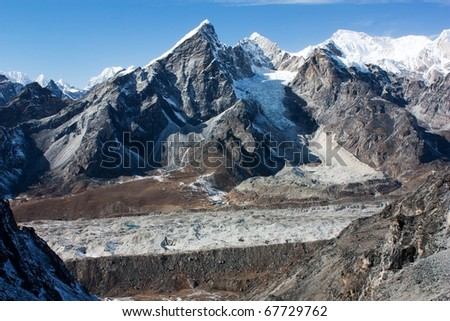 khumbu glacier and lobuche peak from Kongma la pass - nepal