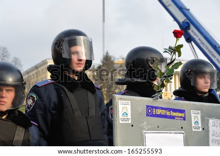 KIEV, UKRAINE � 30 NOVEMBER 2013: Unknown police-officers guard the Independence square after dispersal of proeuropean meeting on November 30, 2013 in Kiev, Ukraine.