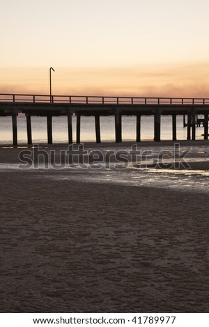 Kingfisher Bay jetty & lamppost - stock photo