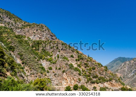 Kings Canyon Scenic Byway, Highway 180, Kings Canyon National Park, Southern Sierra Nevada, California, USA. - stock photo