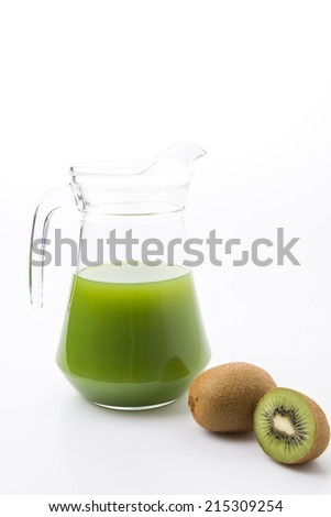Kiwi fruit and kiwi juice