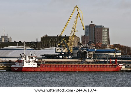 KLAIPEDA,LITHUANIA-JAN 13:bulk carriers ship in port on January 13,2015 in Klaipeda,Lithuania.