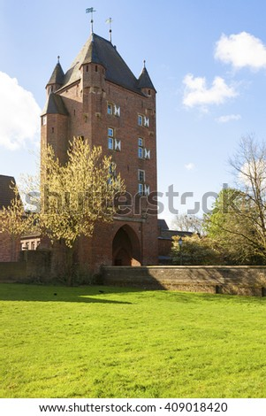 Klever Tor, medieval gate in the city wall of Xanten
