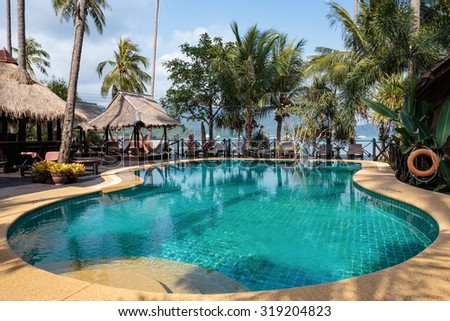 KOH CHANG, THAILAND - 1 APRIL, 2015: Hotel Bang Bao Cliff View. Swimming pool on a tropical beach