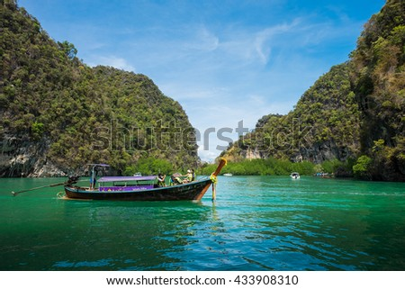 Krabi, Thailand - Junet 04, 2016 : A tourist boat is bringing foreign travellers to visit Mu Koh Hong. Mu Koh Hong is a famous archipelago it is a composition of 12 islets of Krabi sea.