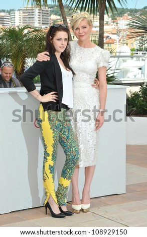 """Kristen Stewart (left) & Kirsten Dunst at the photocall for their new movie """"On The Road"""" in competition at the 65th Festival de Cannes. May 23, 2012  Cannes, France Picture: Paul Smith / Featureflash - stock photo"""