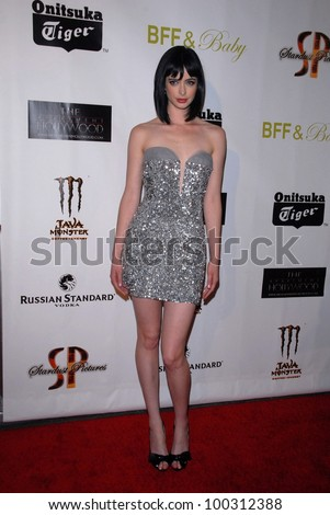 "Krysten Ritter at the ""BFF & Baby"" Official Wrap-Party, The Colony, Hollywood, CA. 11-17-10"