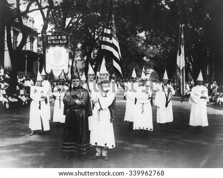 """the theme of racism and ku klux klan in birth of a nation by d w griffith The reception of d w griffith's film the birth of a nation in 1915 and 1916 is an  ignored chapter in  play"""" and supposed law-abiding nature and cheered ku  klux klan vigilantes as heroes  historyof racism in canada (toronto:  university of toronto press, 1999) 2 david r  of films with civil war themes  the genius of."""