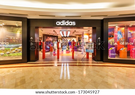 I am writing in to lodge an official complaint on today's Yeezy V2 launch happening at your adidas Originals store located within Pavilion Mall, KL. I trust the upper management of adidas Malaysia will look into this complaint officially and seriously, and I demand a speedy response from your good office/5(49).