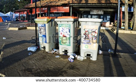 Kuantan, Malaysia 3 April 2016: The attitude of the few visitors who do not take care of landfills pollute the environment. - stock photo