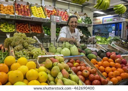 LA LAGUNA, TENERIFE, CANARY ISLANDS - DECEMBER 17, 2015: Selling fruit and vegetables, in a tent city market