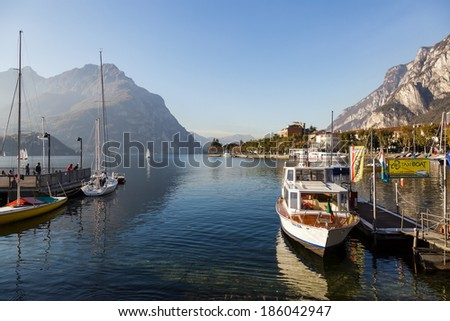 LAKE COMO, ITALY/EUROPE - OCTOBER 29 : Boats at Lake Como Lecco Italy on October 29, 2010. Unidentified people.