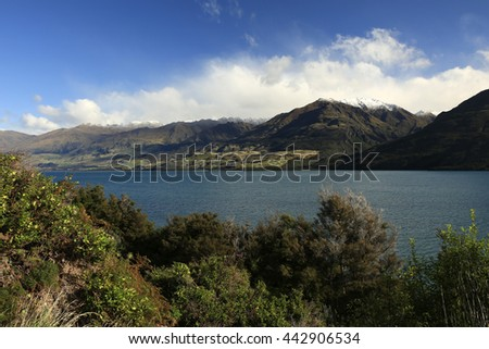 Lake Hawea, Central Otago, South Island - New Zealand