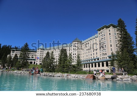 Chateau Lake Louise Stock Images Royalty Free Images Vectors Shutterstock