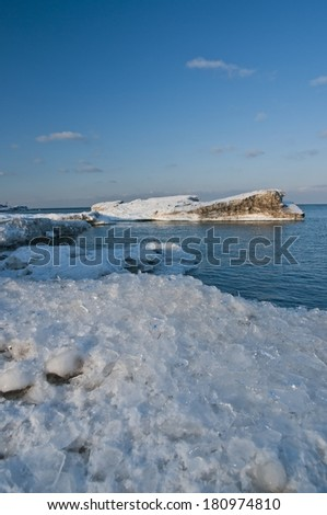 Lake Ontario's southern shore as spring slowly comes in - stock photo