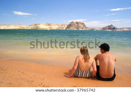 Lake Powell - couple on beach