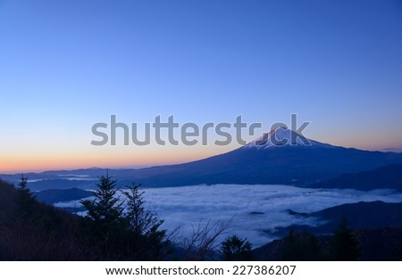 Lakeside of Kawaguchi and Mt.Fuji at dawn