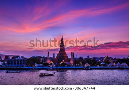 Landmark of bangkok Temple of Wat Arun, Bangkok, Thailand