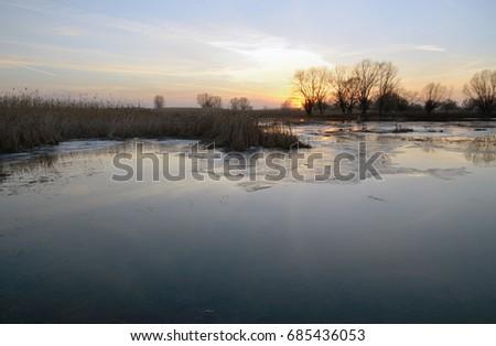 stock-photo-landscape-at-sunset-river-fl
