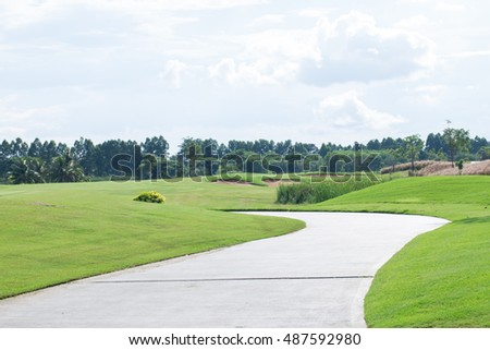 landscape picture of a golf court.