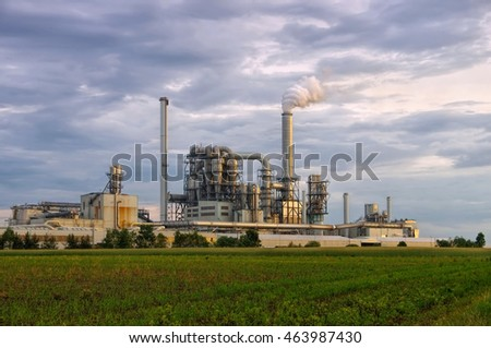 large industrial plant and smokestacks, major pollution