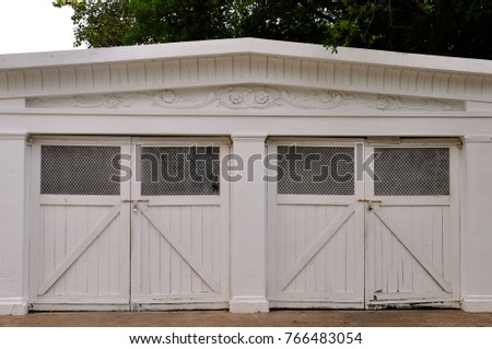 Double Garage Stock Images Royalty Free Images Amp Vectors