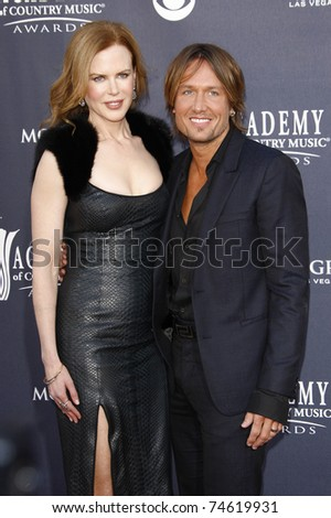 LAS VEGAS - APR 03:  Nicole Kidman, Keith Urban arrive for the 46th Academy of Country Music Awards at the MGM Grand Hotel and Casino in Las Vegas, Nevada on April 3, 2011.