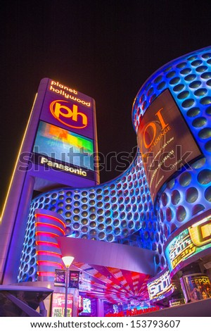 LAS VEGAS - AUG 06 : Planet Hollywood Resort and Casino on August 06 , 2013 in Las Vegas. Planet Hollywood has over 2,500 rooms available and it located on Las Vegas Boulevard.