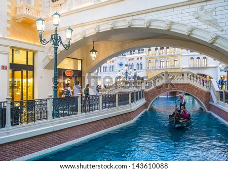 LAS VEGAS - FEB 25 : The Venetian hotel and replica of a Grand canal in Las Vegas on February 25, 2013. With more than 4000 suites it`s one of the most famous hotels in the world