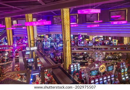LAS VEGAS - JUNE 17 : The interior of Planet Hollywood hotel and Casino on June 17 , 2014 in Las Vegas. Planet Hollywood has over 2,500 rooms and it located on the Las Vegas strip.