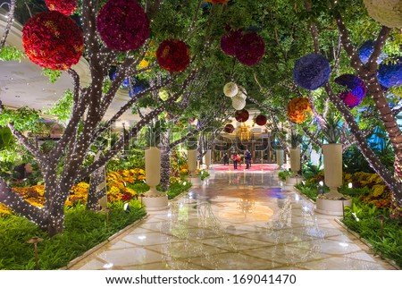 LAS VEGAS -NOV 24 : The the interior of Wynn Hotel and casino on November 24 2013 in Las Vegas. The hotel has 2,716 rooms and opened in 2005. - stock photo