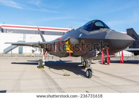 F 35 Lightning Ii Thunderbirds LAS VEGAS -NOVEMBER 9: F-35 Lightning II fighter on static display at ...