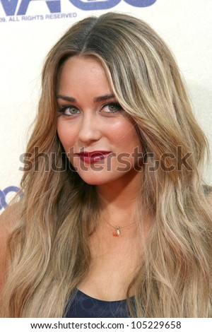 Lauren Conrad at the 2009 MTV Movie Awards Arrivals. Gibson Amphitheatre, Universal City, CA. 05-31-09