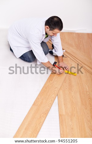 Laying laminate flooring - top view