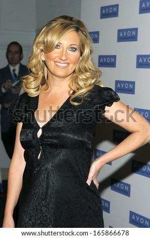 Lee Ann Womack, at Avon Foundation 50th Anniversary Celebration, American Museum of Natural History, New York, NY, October 25, 2005