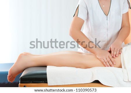 Legs massage to reduce cellulite and preserve an healthy look