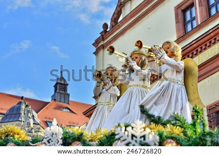 LEIPZIG, GERMANY-DECEMBER 21, 2014: Shopping stands decoration of traditional Christmas Market in historical center of Leipzig - stock photo