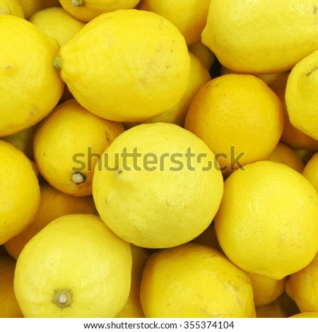 lemon display on market stand