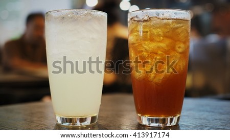 lemon Iced tea on wooden table