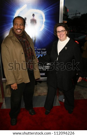 "Leslie David Baker and Phyllis Smith at the Los Angeles Premiere of ""The Last Mimzy"". Mann Village Theatre, Westwood, CA. 03-30-07"