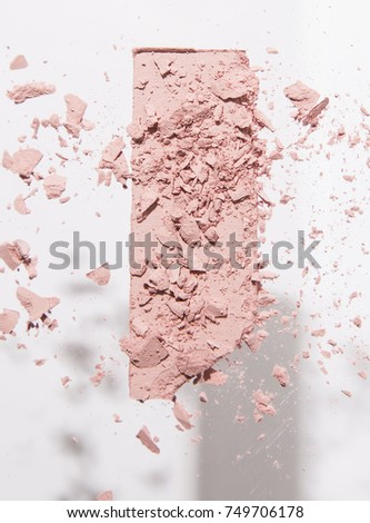 Levitating Crushed Blush