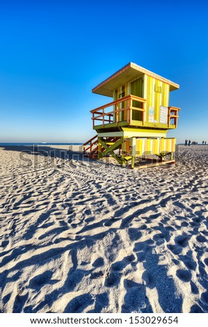 Lifeguard lookout point miami beach 02