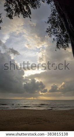 Light on morning at the beach