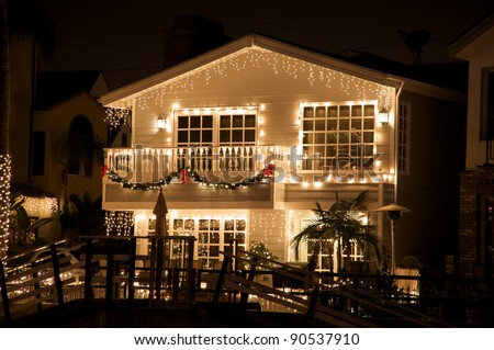 Lighted house with Christmas decoration