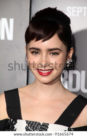 "Lily Collins at the ""Abduction"" World Premiere, Chinese Theater, Hollywood, CA. 09-15-11"