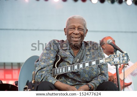 LINCOLN, CA - August 30: BB King performs in support of Frampton's Guitar Circus tour at Thunder Valley Casino Resort in Lincoln, California on August 30, 2013 - stock photo