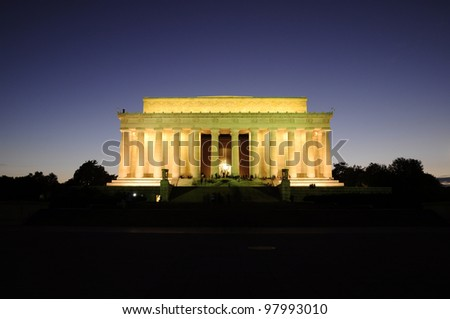 Lincoln Memorial after sunset, Washington DC, District of Columbia, USA, Lincoln Memorial nach dem Sonnenuntergang - stock photo