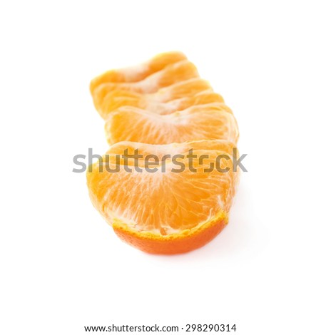Line of fresh juicy peeled cleaned tangerine fruit isolated over the white background