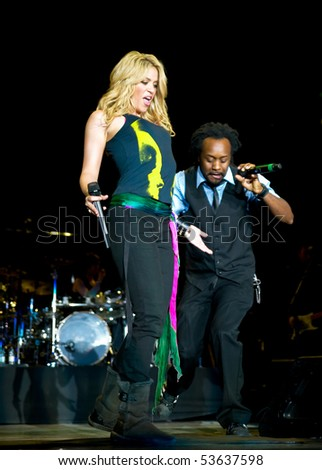 LISBON, PORTUGAL - MAY 21: Singer Shakira performs onstage at Rock in Rio - Lisboa May 21, 2010 in Lisbon, Portugal